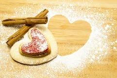сформированное сердце печений Стоковое Изображение RF