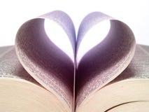 сформированные страницы сердца стоковое изображение rf