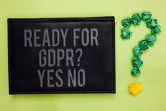 Сформулируйте текст сочинительства готовый для вопроса о Gdpr да никакого Концепция дела для bla задней части зеленого цвета обще стоковое изображение