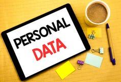 Схематический титр текста сочинительства руки показывая личные данные Концепция дела для предохранения от цифров написанного на к Стоковые Фото