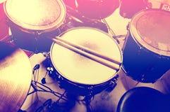 схематическое изображение барабанчиков стоковое изображение rf