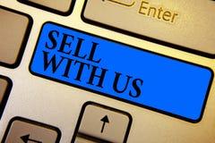 Схематическое надувательство показа сочинительства руки с нами Платформа текста фото дела онлайн продавая ища коммерция k продавц стоковые фотографии rf