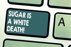 Схематическое сочинительство руки показывая сахар белая смерть Помадки фото дела showcasing опасный диабет бдительный стоковые фото