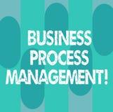 Схематическое управление бизнес-процесса показа сочинительства руки Дисциплина фото дела showcasing улучшать иллюстрация вектора
