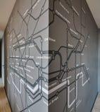 Схема Лондон подземный на серой стене Стоковая Фотография RF