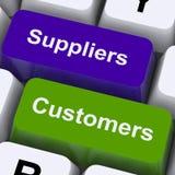 Схема поставок или распределение выставки ключей поставщиков и клиентов стоковые изображения