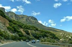 Сценарная дорога Виктория, Кейптаун, национальный парк горы таблицы Стоковое Изображение