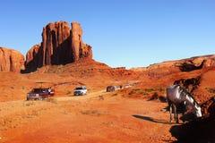 Сценарная долина памятника ландшафта пустыни привода Стоковое фото RF