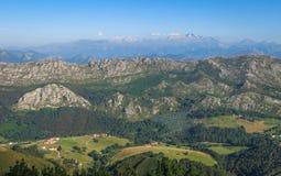Сценарная панорама галичанина вдоль дороги к San Andres de Teixido, провинции Coruna, Галиции Стоковые Фотографии RF