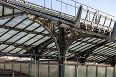 Сценарная трасса над крышами галереи Vittorio Emanuele II Галерея Highline, укрытие стиля Nouveau, милан, Ломбардия, Италия стоковые изображения