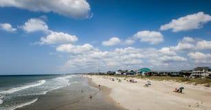 Сценарные взгляды на пляже Северной Каролине острова дуба Стоковое Изображение