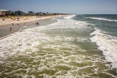 Сценарные взгляды на пляже Северной Каролине острова дуба стоковые изображения