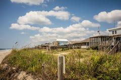 Сценарные взгляды на пляже Северной Каролине острова дуба стоковое фото