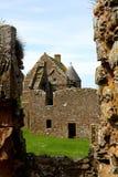 Сценарные руины замка Dunnottar Стоковые Фотографии RF
