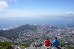 Сценарный ландшафт Кейптауна от горы таблицы Стоковая Фотография RF