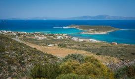 Сценарный ландшафт с видом на море, Kythira, Грецией Стоковые Изображения RF