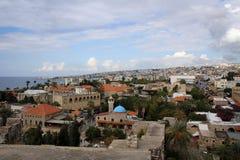 Сценарный взгляд городка Byblos старого, среднеземноморского побережья, Ливана Стоковые Фотографии RF