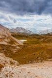 Сценарный взгляд итальянских гор доломитов Стоковая Фотография RF