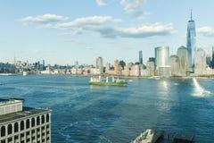 Сценарный взгляд к Нью-Йорку, Манхаттану стоковые фото