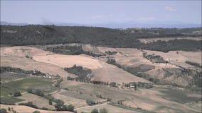 Сценарный взгляд тосканской сельской местности вокруг Montepulciano, Сиены, Тосканы, Италии видеоматериал
