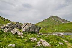 Сценарный взгляд в швейцарских Альпах Стоковые Фото
