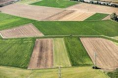 Сценарный взгляд к полям в сельском районе главным образом-Taunus Kreis Стоковое Изображение RF