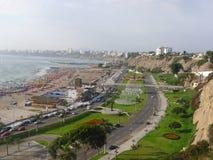 Сценарный взгляд к северной части залива Лимы, Перу Стоковое Фото