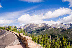 Сценарный взгляд на дороге гребня следа, Колорадо Стоковая Фотография RF
