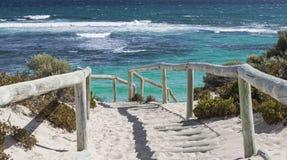 Сценарный взгляд над одним из пляжей острова Rottnest, Australi Стоковые Изображения RF