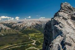 Сценарный взгляд от вершины Mt Rundle, Banff NP, Канада Стоковые Фото