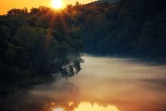 Сценарный заход солнца реки Стоковые Фотографии RF