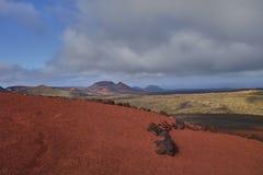 Сценарный ландшафт на острове Лансароте в Атлантическом океане стоковое фото