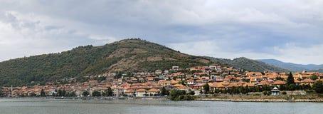 Сценарный ландшафт с городком Orsova, Румынией Стоковое фото RF