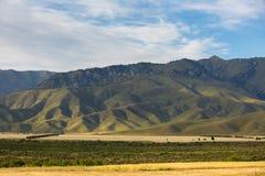 Сценарный сброс холмов kyrgyzstan Стоковое Изображение