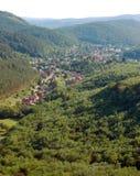 Сценарный сельский ландшафт лета Стоковые Фотографии RF