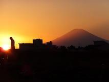 Сцена захода солнца городка с Mt Фудзи #2 Стоковые Фото