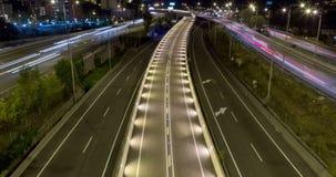 Сцена ночи движения и дорог Промежуток времени - долгая выдержка - 4K видеоматериал