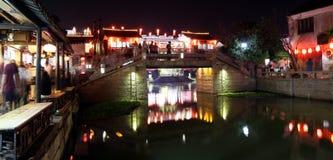 Сцена ночи в древнем городе Xitang, провинции Чжэцзяна, Китае Стоковая Фотография