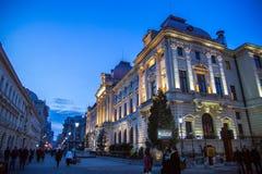 Сцена ночи городка Бухареста старая Стоковые Фотографии RF