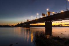 Сцена ночи панорамная в Риге Стоковое Изображение