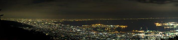Сцена ночи Mount Fuji с передним планом пагоды и Сакуры Chureito Yama Стоковая Фотография RF