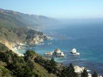 Сцена от побережья Калифорнии с морским слоем Стоковая Фотография