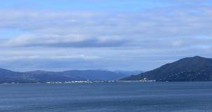 Сцена от пролива повара, Новой Зеландии к Веллингтону 4K акции видеоматериалы