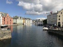 Сцена портового района Alesund стоковая фотография rf