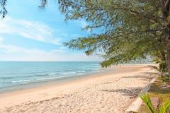 Сцена природы пляжа моря праздник пляжа тропический Стоковые Изображения RF