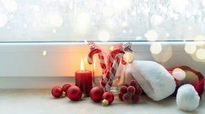 Сцена рождества с горящим светом Стоковая Фотография