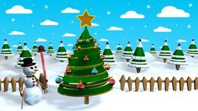 Сцена рождества с человеком снега рядом с абстрактной рождественской елкой украшенной с покрашенными сферами с лесом деревьев Стоковая Фотография