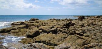 Сцена 012 скалистого пляжа Лансароте Стоковая Фотография