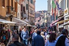 Сцена улицы в Венеции Стоковые Фотографии RF