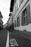 Сцена улицы в старом городке Стоковое Фото